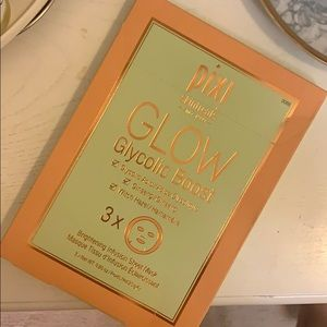 Pixi GLOW Glycolic Boost Sheets Masks
